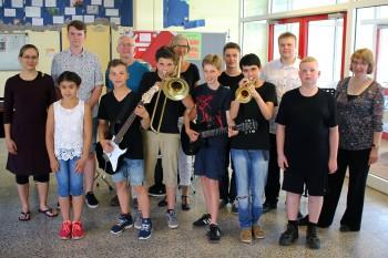 Große und kleine Musiker zeigten ihr Können - Die Fachschaft Musik veranstaltete am DBG eine Musiksoirée