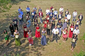 Fantastisches Abi trotz Corona-Lockdown  - Das DBG ehrte seine Abiturienten in einer besonderen Feier